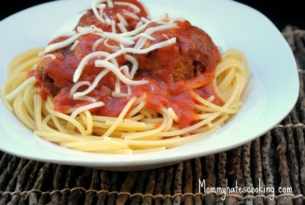 slow cooker chicken meatball spaghetti