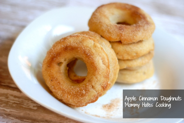 Baked Apple Cinnamon Doughnuts