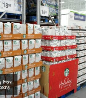 Starbucks Delicious Pairings with Holiday Blend