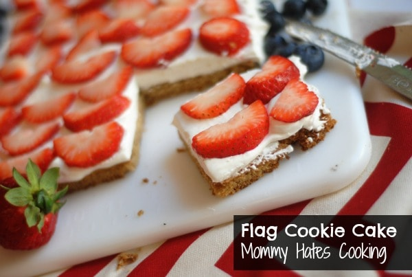 18f3ee86f3f6 American Flag Cookie Cake - Mommy Hates Cooking
