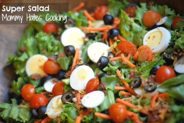 Veggie & Bacon Super Salad with Walmart Produce #shop #cbias