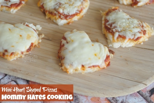 Mini Heart Shaped Pizzas I Mommy Hates Cooking