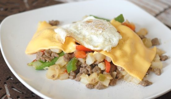 Cheesy Sausage & Egg Hash I Mommy Hates Cooking