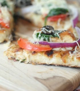 Grilled Rustic Chicken Pizza with Pompeian