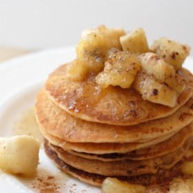 Bananas Foster Pancakes I Mommy Hates Cooking #MadhavaSweetners #Sponsored
