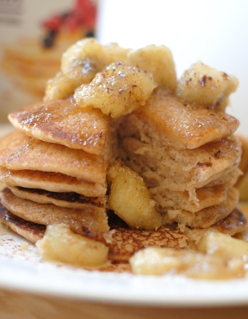 Bananas Foster Pancakes I Mommy Hates Cooking #MadhavaSweeteners #Sponsored