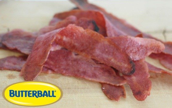 Bacon & Veggie Salad I Mommy Hates Cooking #butterball #sponsored