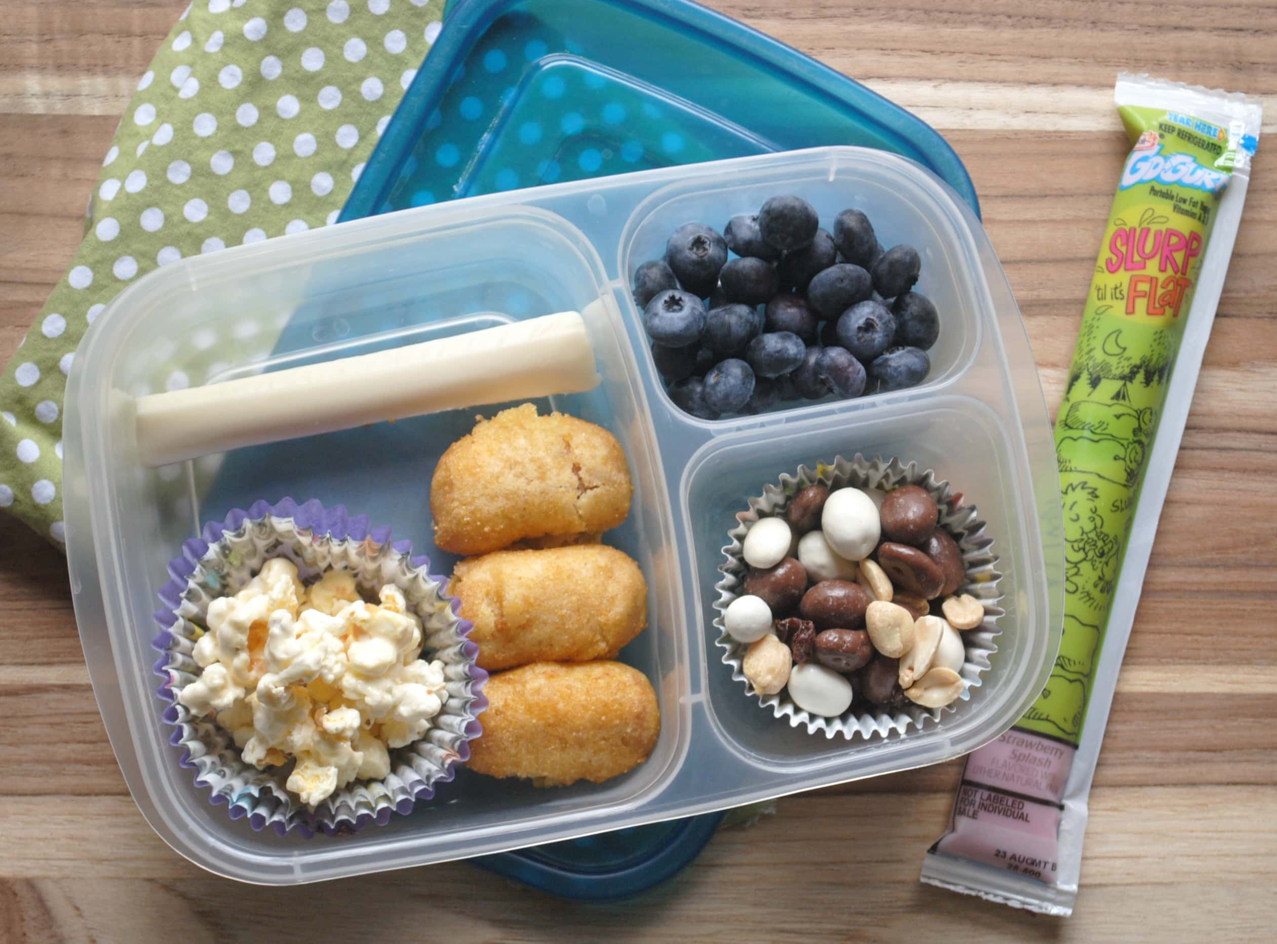 Easy Summer Lunch Ideas Lunchbox idea bite size treats mommy hates cooking lunchbox idea for kids gogurt sponsored sisterspd