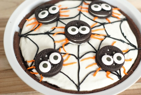 Spider Pudding Pie