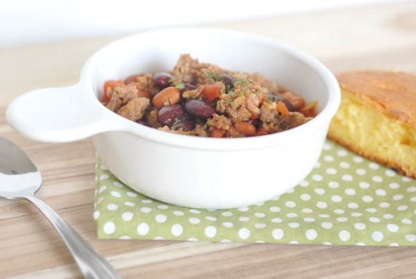 Slow Cooker Italian Sausage Chili I Mommy Hates Cooking #Johsonville #Sponsored