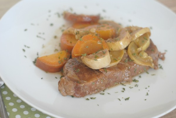 Slow Cooker Steak & Veggies I Mommy Hates Cooking