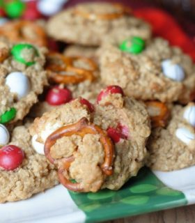 Christmas Monster Cookies & Holiday Baking Recipes
