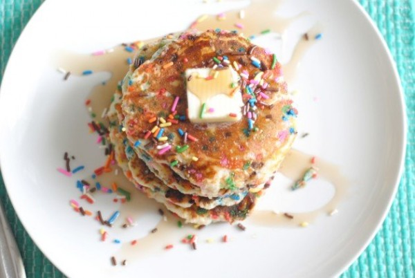 Fluffy Funfetti Pancakes I Mommy Hates Cooking