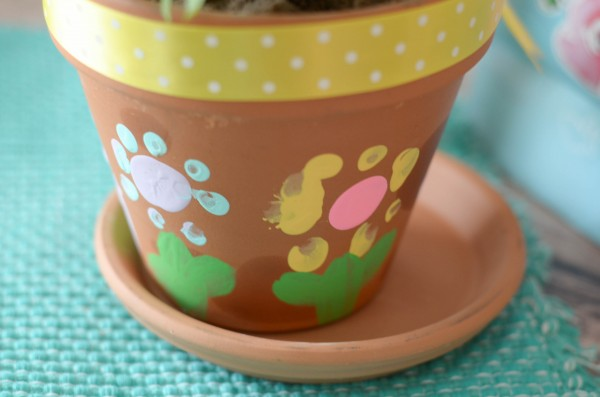 Best Mother's Day Ever & Flower Planters #BestMomsDayEver #ad