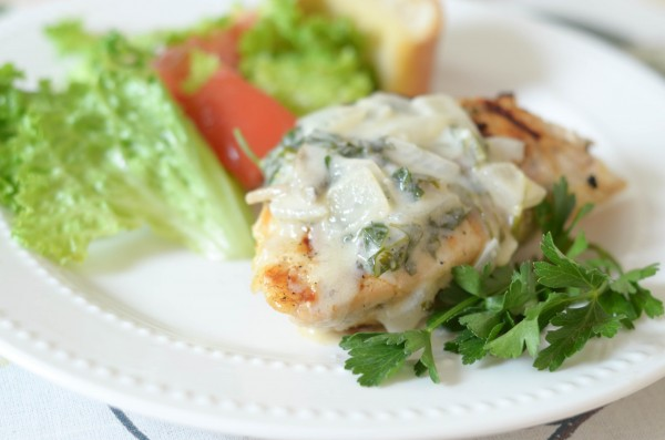 Grilled Chicken with White Wine Sauce #MoscatoDay #ad