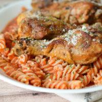 Slow Cooker Chicken Marinara