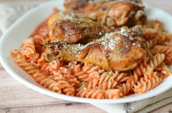 slow-cooker-chicken-marinara-1