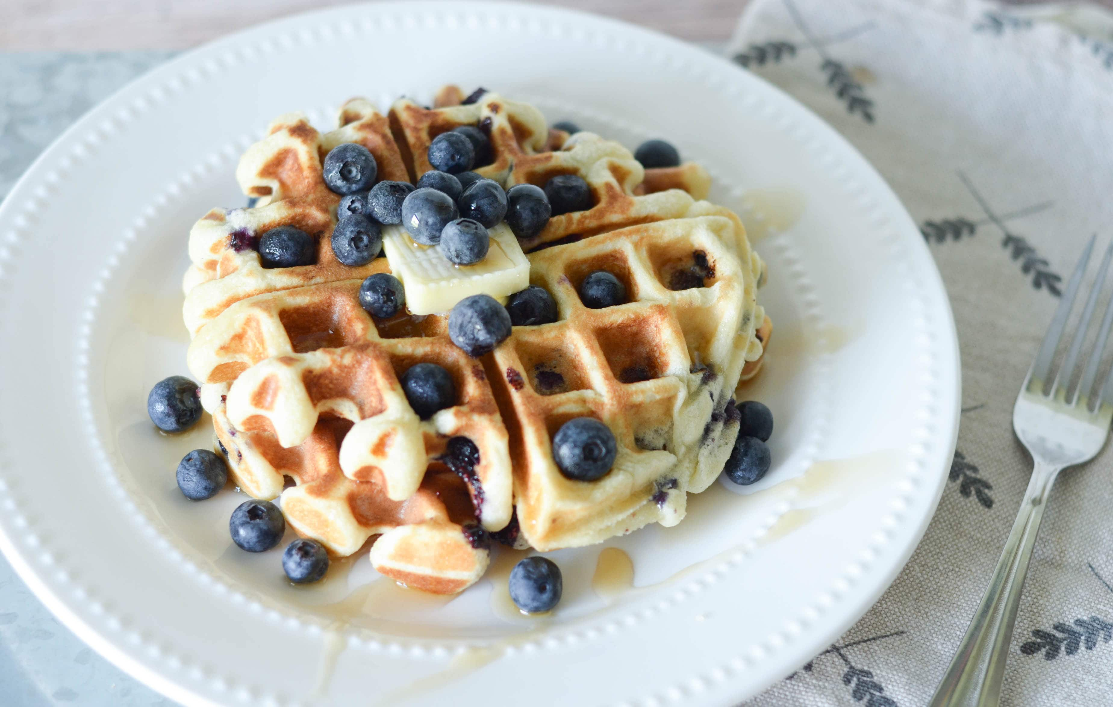 Gluten Free Blueberry Waffles - Mommy Hates Cooking