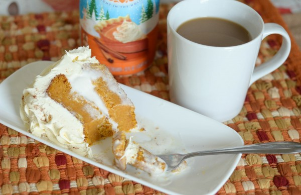Pumpkin Pie Ice Cream Cake #DelightfulMoments #ad