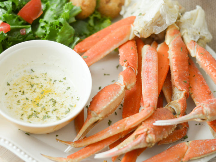 Snow Crab Legs With Garlic Butter Mommy Hates Cooking