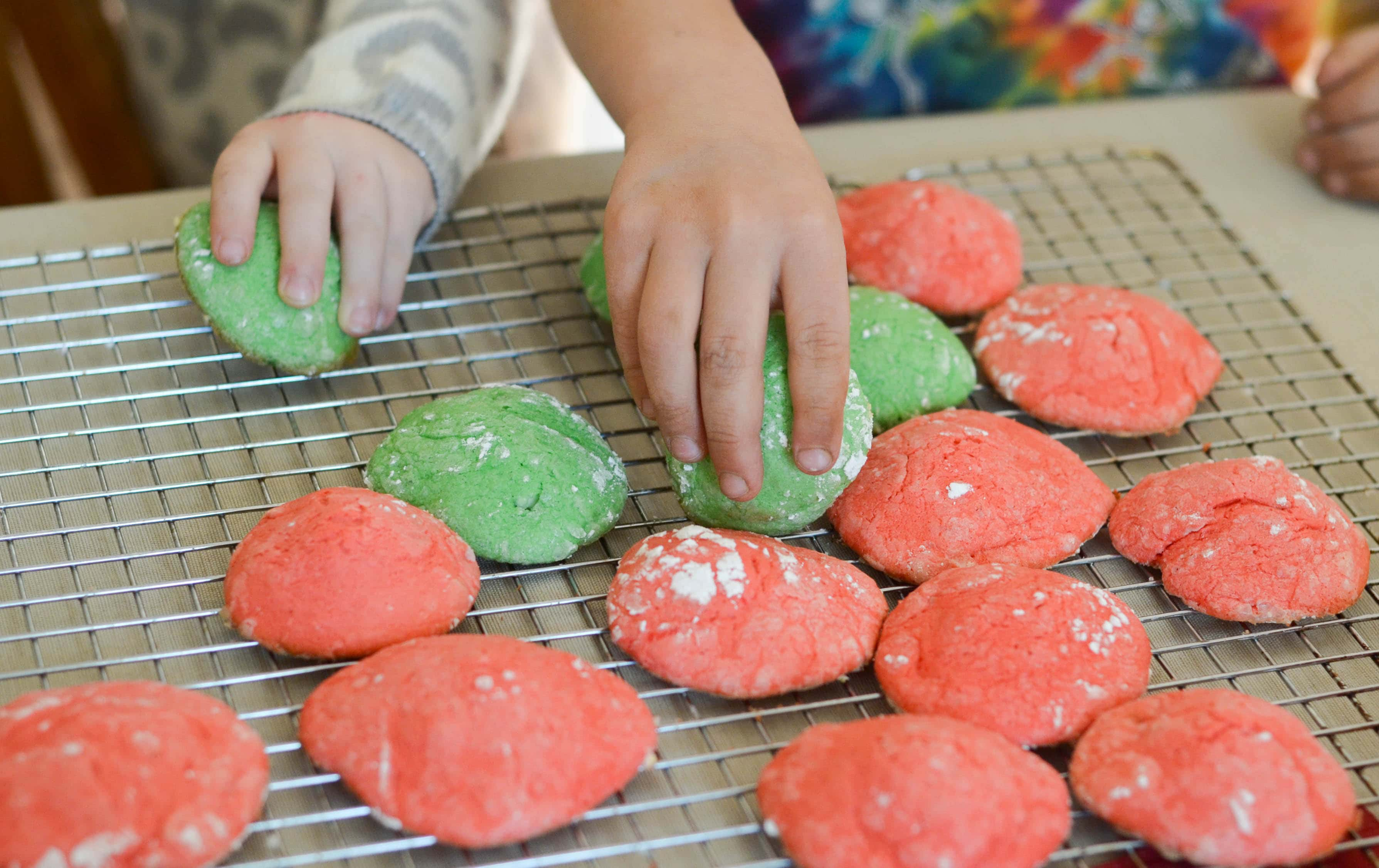 White Chocolate Christmas Cookies - Mommy Hates Cooking