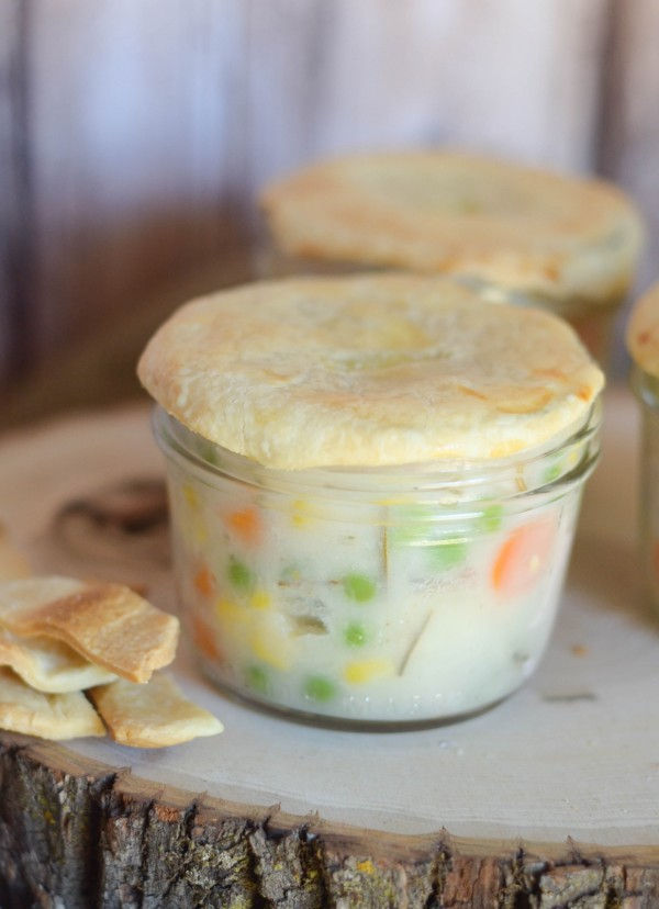 Turkey Pot Pies in a Jar - The perfect way to use up leftover turkey into a wonderful, comfort food recipe! #PourLoveInn {ad}