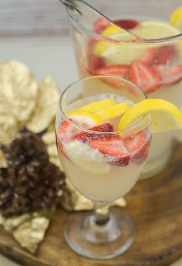 Lemon Berry Spritzer #SparklingHolidays #ad