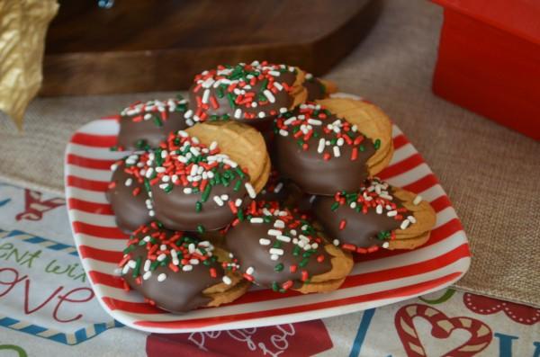 Holiday Cheer with Teleflora - Snoopy's Cookie Jar & Cookies #SendCheer #ad
