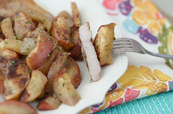 Baked Apple Cinnamon Pork Chops