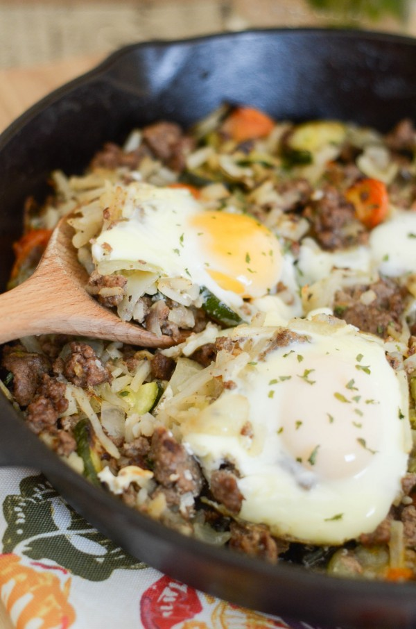 Egg Topped Beef Hash #GreatDay #ad