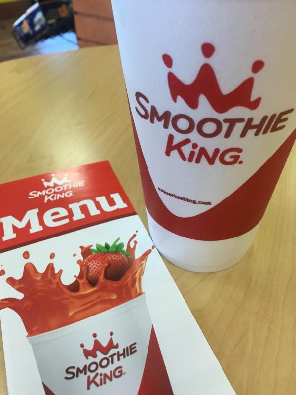 Apple Kiwi Kale Smoothie with Smoothie King #BlendMoreVeggies #ad