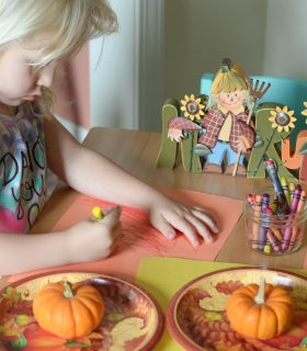 5 Tips for the Kids' Table on Thanksgiving