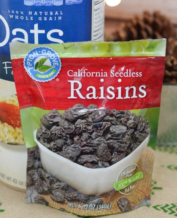 White Chocolate Raisin Overnight Oatmeal