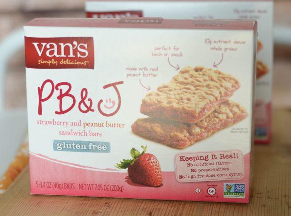Strawberry & Peanut Butter Sandwich Bars