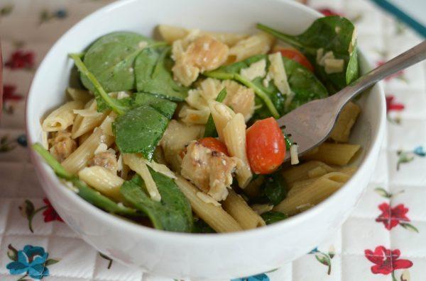 Chicken Caesar Pasta Salad #BarillaPlus AD