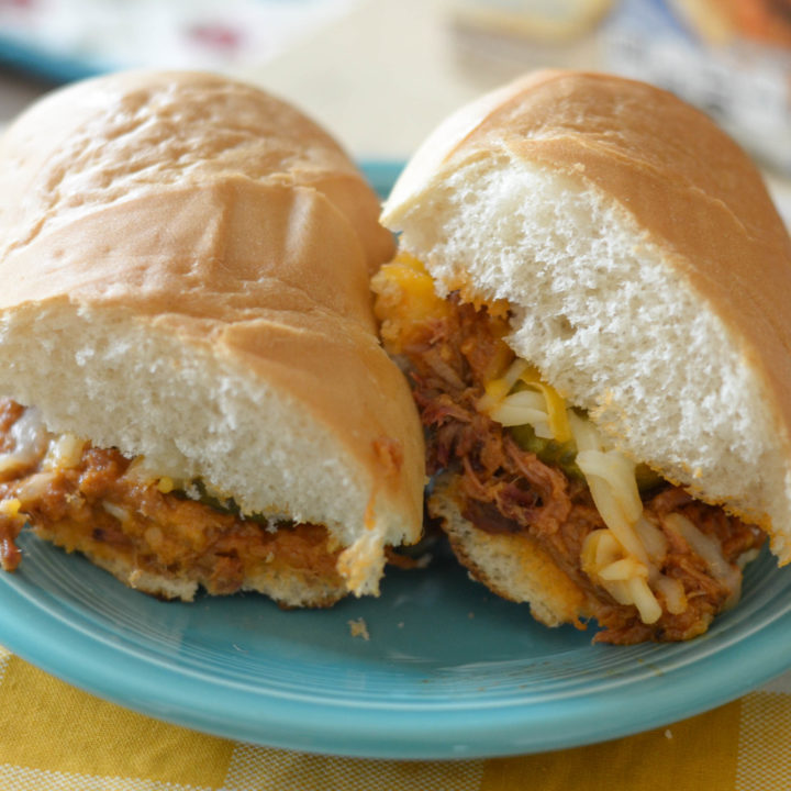 Grilled Cheesy Pulled Pork Sandwiches