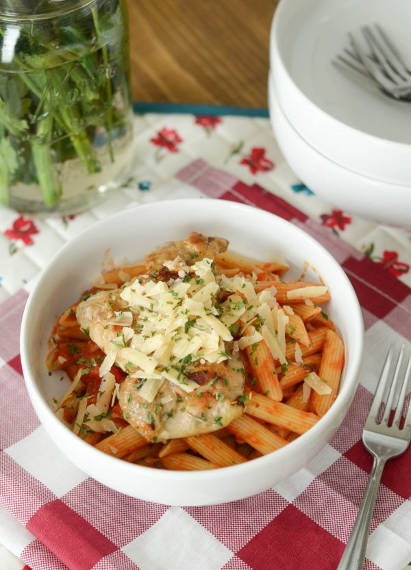 Tuscan Chicken Pasta Bowl #WeeknightTradition AD