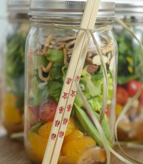 {Mason Jar Salad} Sesame Chicken Salad