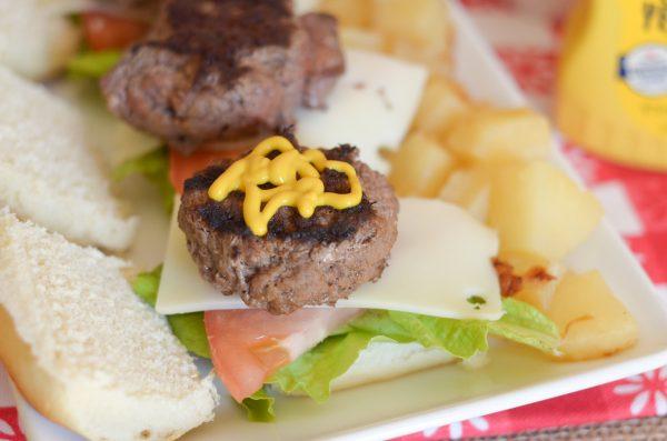 Hawaiian Beef Sliders #FrenchsCrowd #FrenchsMustard AD