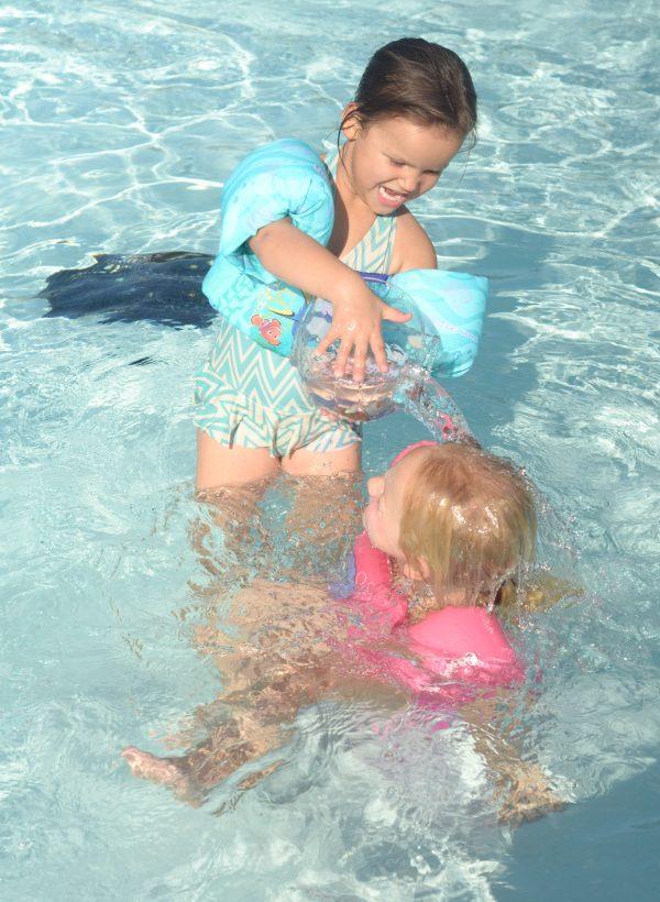 Summer Fun with Lil' Fishys #LilFishys #Pool #SummerFun AD