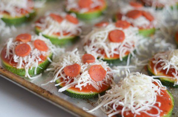 Zucchini Pizza Bites #TrendingintheKitchen #PantryInsiders #ad