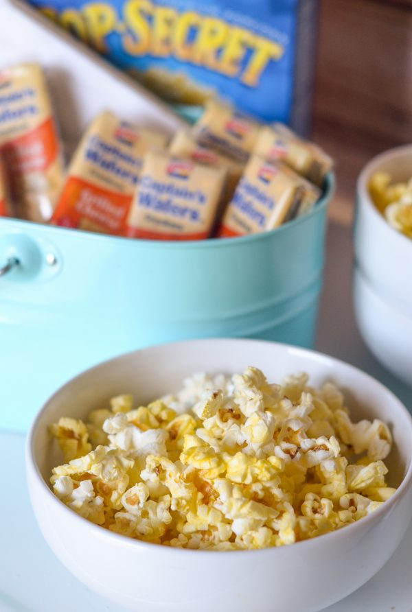 DIY Snack Bar for Movie Night #Pop4Captain #PMedia #ad