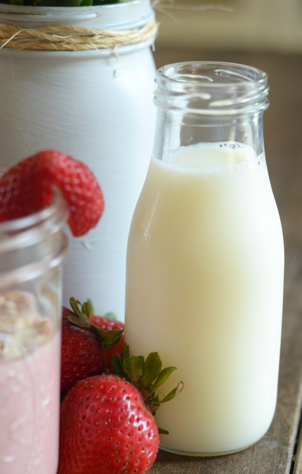 Strawberry Banana Oat Smoothie