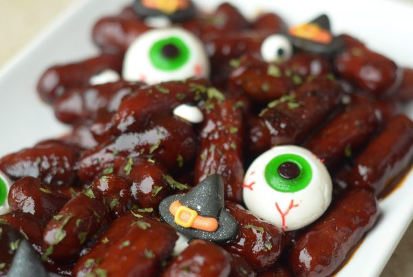 Creepy Corn Dogs & Spooky Brains #WMDeliciousDisguisesCampaign #ad