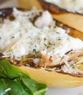 Cheesy Alfredo Spaghetti Squash