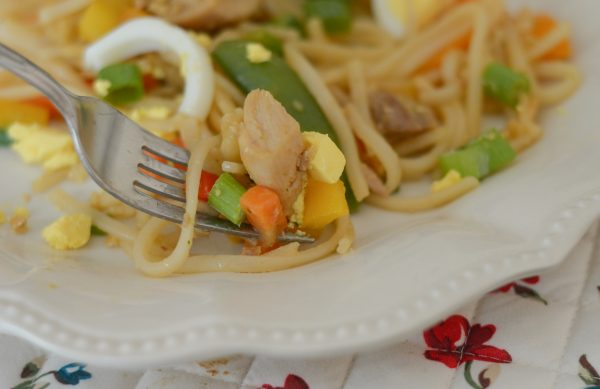 Gluten Free Chicken Pad Thai #EggceptionallyGreat #ad