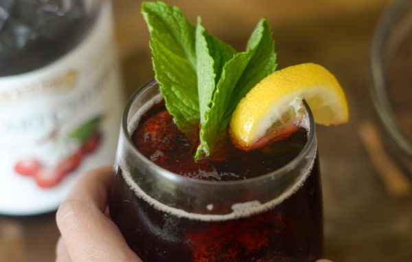 Cherry Mint Spritzer Mocktail #WhatsYourJuiceMadeOf #AD
