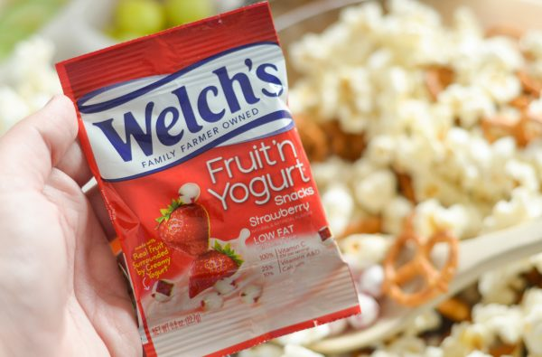 Fruit 'n Yogurt Snack Mix