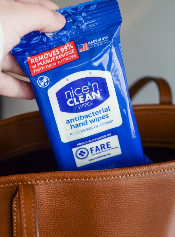 5 On the Go Snack Ideas - FARE Nice n' CLEAN Antibacterial Hand Wipes