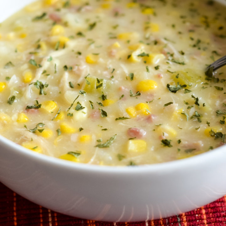 Slow Cooker Creamy Chicken and Corn Chowder